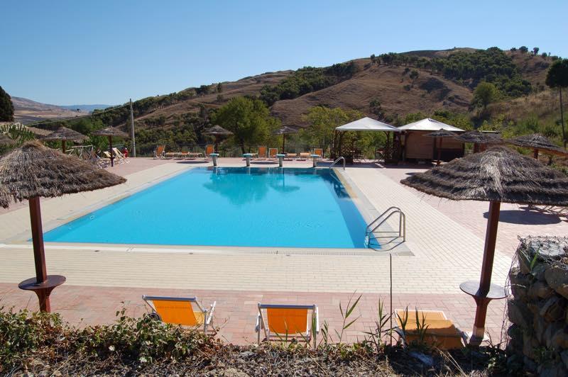agriturismo sicilia maneggio piscina