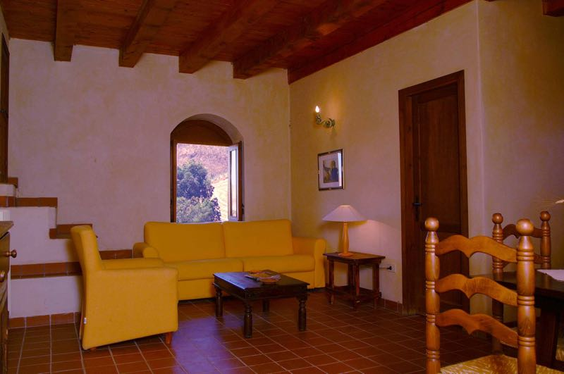 farm holidays sicily apartment