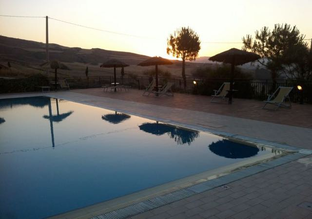 agriturismo sicilia centro benessere piscina
